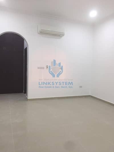 5 Bedroom Villa for Rent in Zakher, Al Ain - 5 Bed Villa For Rent
