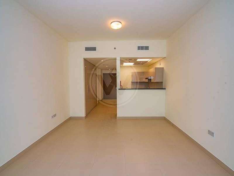2 Bright living space | Brand new building