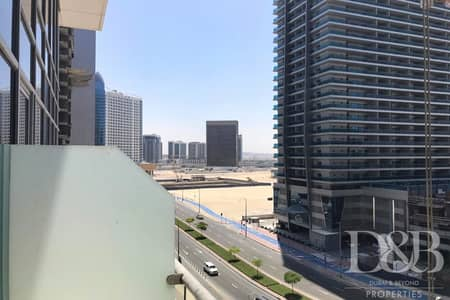 1 Bedroom Flat for Rent in Business Bay, Dubai - 1 Bed | Part Furnished | Well Maintained