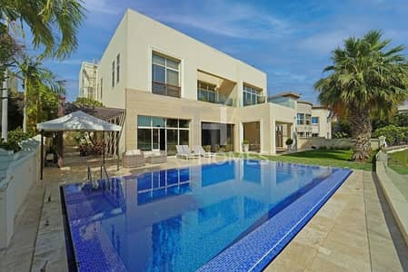6 Bedroom Villa for Rent in Emirates Hills, Dubai - Enchanting Lake Views I Luxury Living
