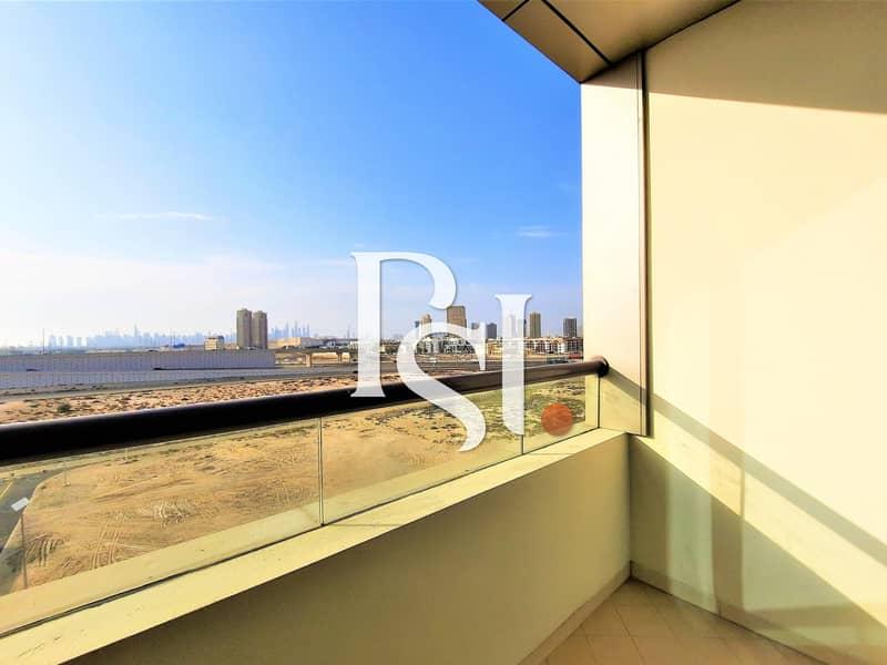 Chiller FREE/ Studio/ Balcony/ Middle floor/