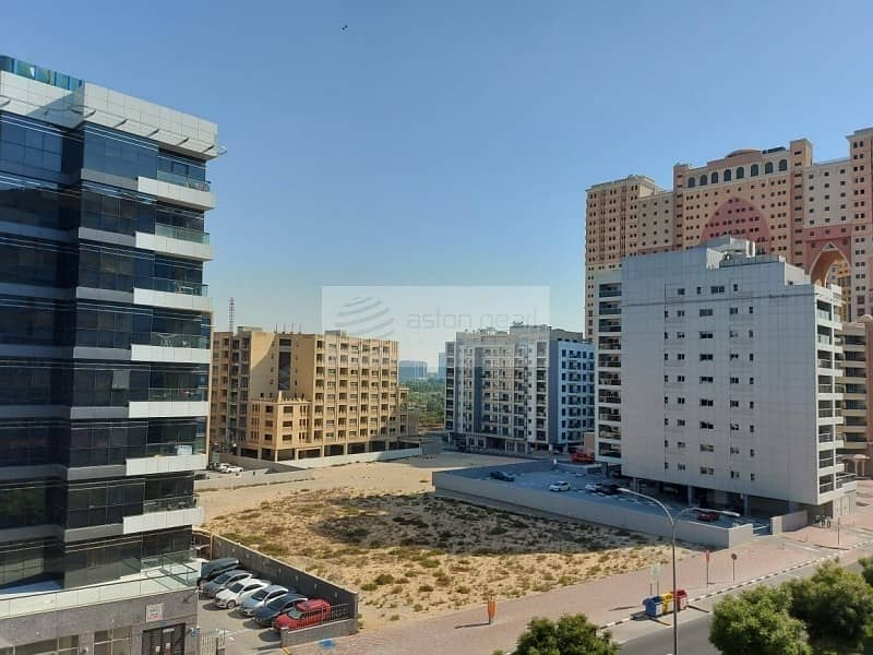 2 EXCLUSIVE 2BR with Balcony | Unfurnished |Tenanted