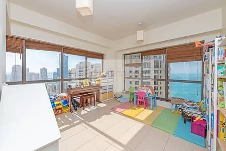 2 Bedroom Flat for Rent in Jumeirah Beach Residence (JBR), Dubai - Sea and Marina View | 2 BR + Study | On High Floor