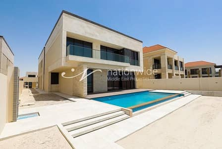 Elegant Villa with Ocean View For 2 Payments