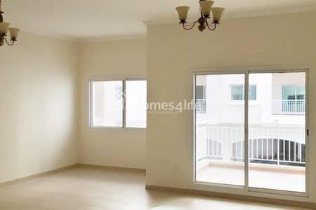 شقة 2 غرفة نوم للبيع في ليوان، دبي - Spacious 2 bedroom now available for Sale