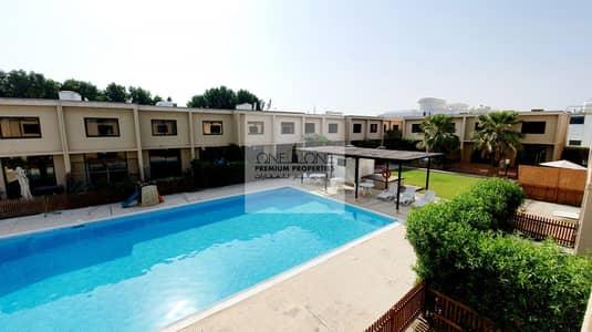 فیلا 3 غرف نوم للايجار في الصفا، دبي - Near the Beach Stunning Double Storey 3BHK plus maids room