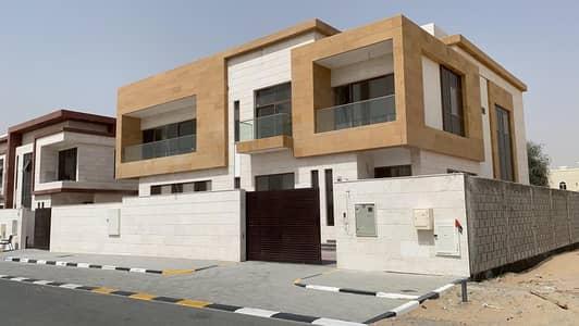 5 Bedroom Villa for Sale in Hoshi, Sharjah - villa for sale in al hooshi sharjah