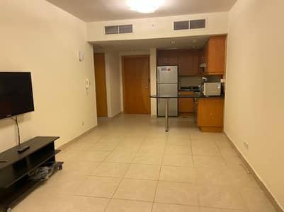 فلیٹ 1 غرفة نوم للايجار في أبراج بحيرات الجميرا، دبي - شقة في جلوبال ليك فيو أبراج بحيرات الجميرا 1 غرف 40000 درهم - 5055319