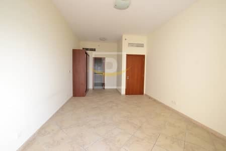 3 Bedroom Flat for Sale in Motor City, Dubai - Mall View Vacant 3BR With Maid and Laundry Apt For Sale | F VIP