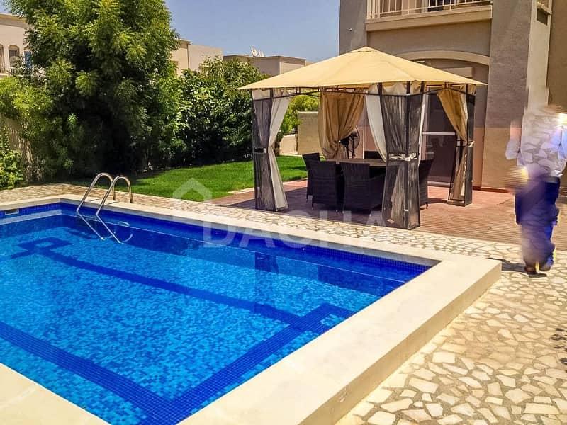 9 Amazing Villa / Private Pool / Corner Plot