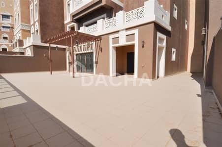فلیٹ 2 غرفة نوم للبيع في نخلة جميرا، دبي - Rare Unit / Huge Terrace / Low Floor<BR>
