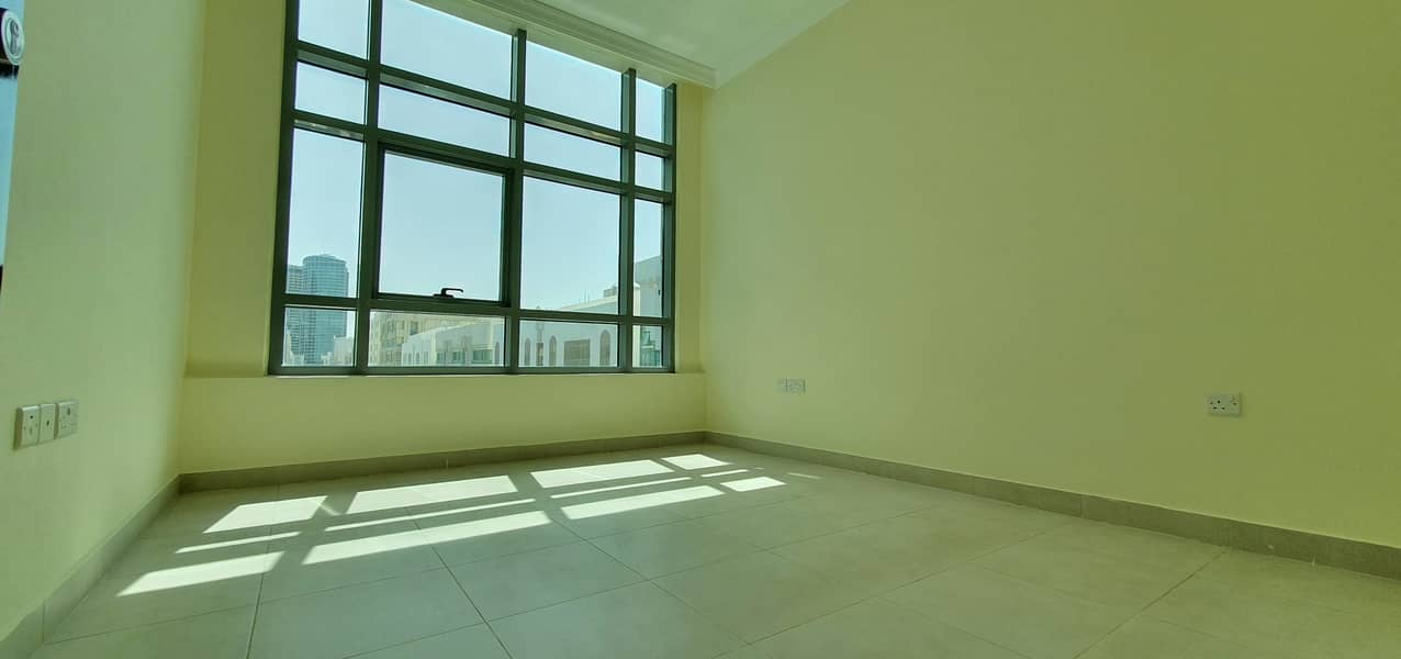 1bhk excellent apartment with basment parking