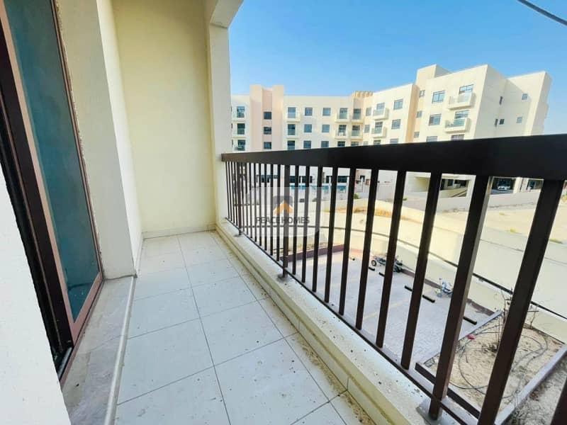 شقة في مساكن مسار قرية جميرا الدائرية 350000 درهم - 5115739