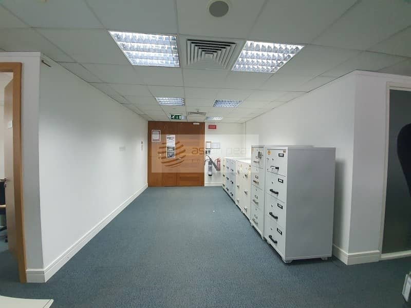 14 Vacant | Furnished Office| Free AC and Maintenance