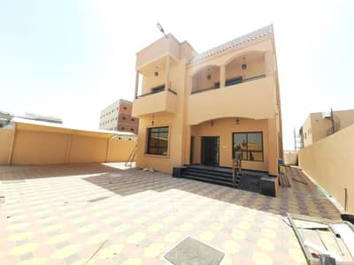 5 Bedroom Villa for Sale in Al Mowaihat, Ajman - For sale villa in the emirate of Ajman, Al Mowaihat area, new first inhabitant, consisting of 5 master bedrooms, on Camel Racing Street without down payment