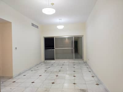 ON METRO;2 BHK WITH BOTH MASTER ROOM WITH MAID ROOM CENTRAL GAS FREE WITH KITCHEN APPLIANCES GYM POOL ALL FACILITIES