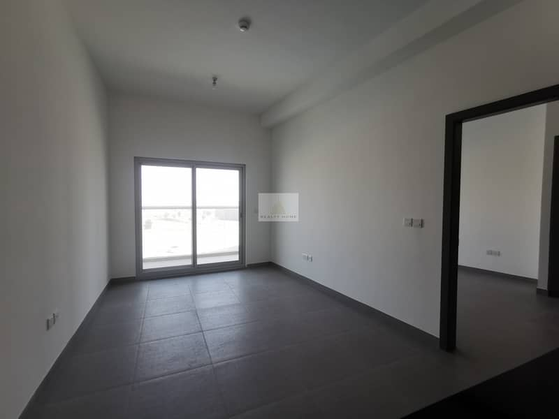 2 POOL VIEW | BRAND NEW 1 BED