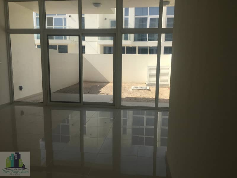 2 LUXURY FULLY FURNISHED 2BED BIG LIVING AREA IN AKOYA OXYGEN