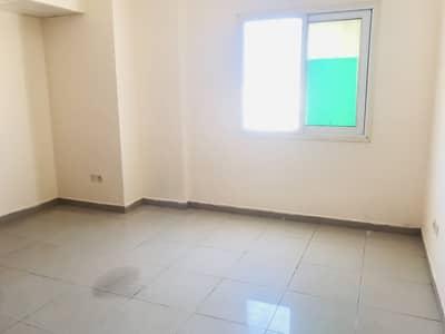 استوديو  للايجار في القليعة، الشارقة - شقة في القليعة 11000 درهم - 4980045