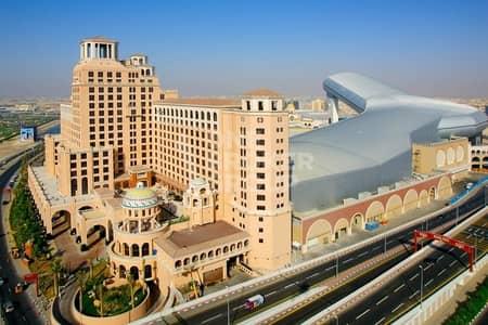 مبنی تجاري  للبيع في البرشاء، دبي - Barsha1 brand new 155rooms Hotel for sale