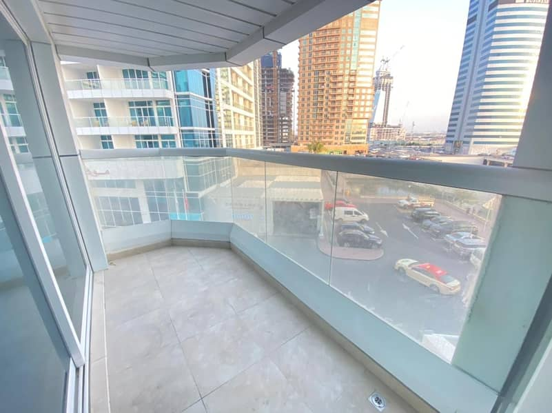 24 SO | Lake View  2Bed  With balcony lake view