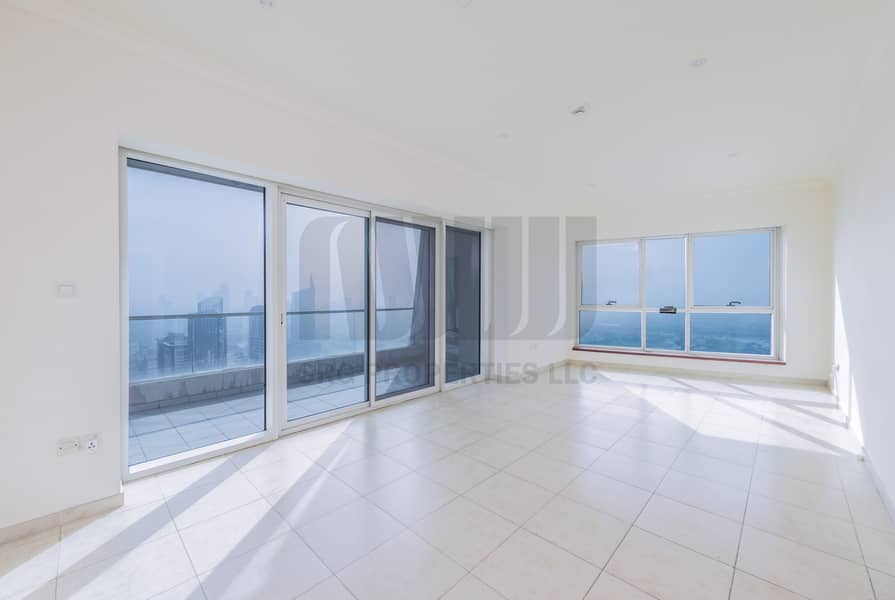 2 Media City and Sea View | Chiller Included