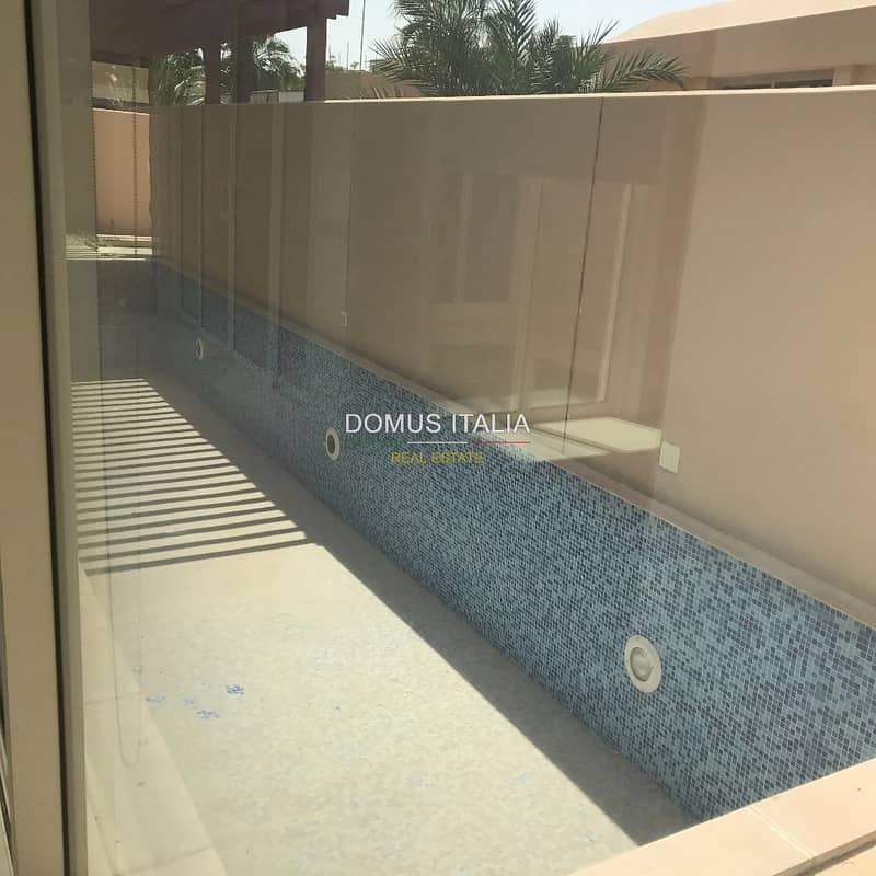 Peaceful  5 bedroom in Al  Raha Gardens !