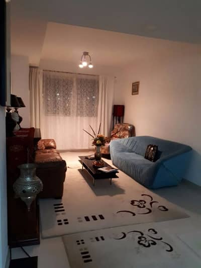 Check out this furnished 1 bedroom !