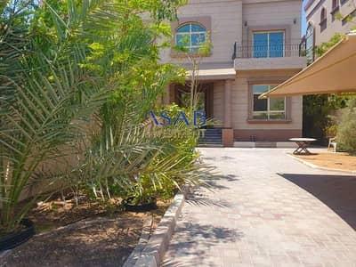 5 Bedroom Villa for Rent in Khalifa City A, Abu Dhabi - Private Entrance | Big Hosh | Balcony | Super Spacious