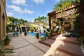 Vacant Executive 5 BR Villa with Pool Large Layout