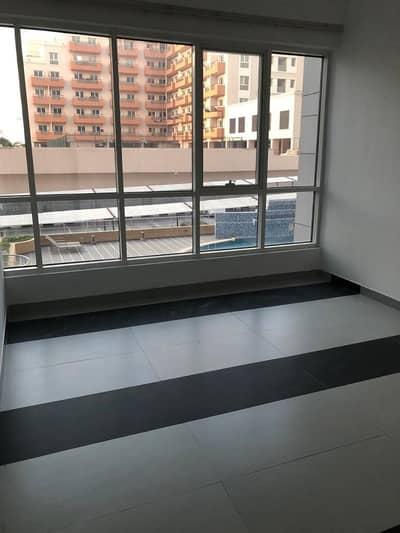 فلیٹ 1 غرفة نوم للايجار في واحة دبي للسيليكون، دبي - 1 Bedroom with Balcony for rent Higher Floor | 29000/- 4 Chqs