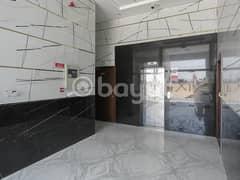 غرفة وصالة للايجار  جديد بنايه بدون عموله مباشرة من مالك  شهرين مجاناء خلف سوق الصنى
