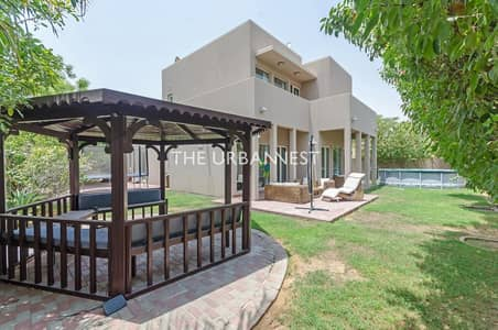 3 Bedroom Villa for Rent in Arabian Ranches, Dubai - Spacious Type 7 | Upgraded Kitchen | Close to Pool