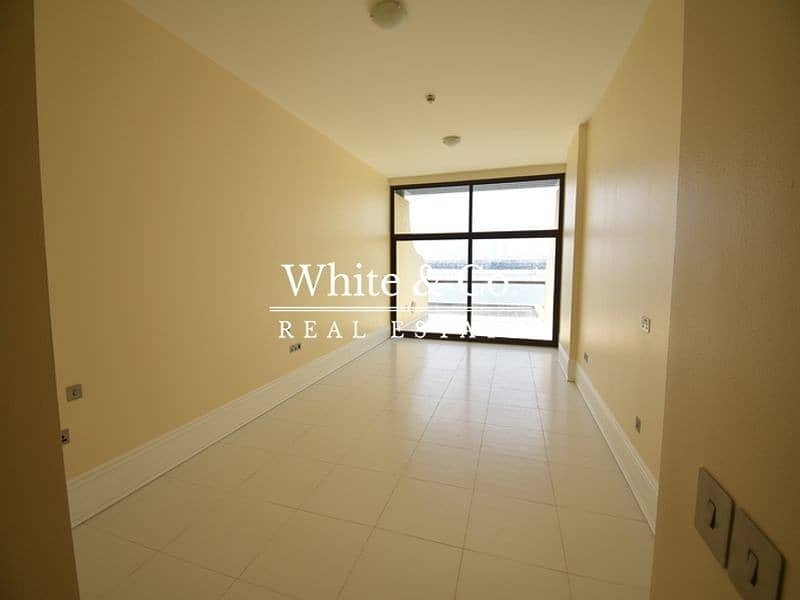 2 Full Sea View   Unfurnished   Vacant
