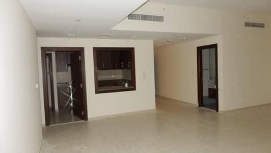 فلیٹ 2 غرفة نوم للبيع في الخليج التجاري، دبي - 000/-