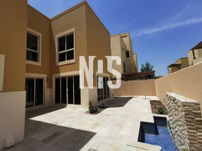 4 Bedroom Townhouse for Rent in Al Raha Gardens, Abu Dhabi - Spacious Type S Townhouse Fully Well Maintained