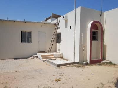 فیلا 4 غرف نوم للايجار في الغبيبة، الشارقة - للإيجار فيلا في منطقة الغبيبة-الشارقة