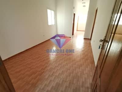 شقة 2 غرفة نوم للايجار في السروج، العین - Hot offer Huge 2BHK on lowest price in 6 Payments