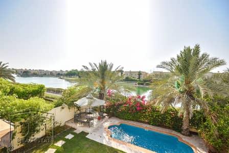 فیلا 3 غرف نوم للايجار في الينابيع، دبي - Fully Furnished - Lake View - Private Pool