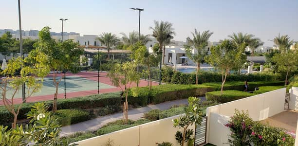 3 Bedroom Villa for Rent in Reem, Dubai - Single Row | On Pool | Corner Type A| 3 Bed + Maids