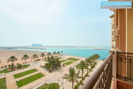 شقة فندقية 1 غرفة نوم للايجار في جزيرة المرجان، رأس الخيمة - By the Sea - Luxury One Bedroom - Great view of the Sea