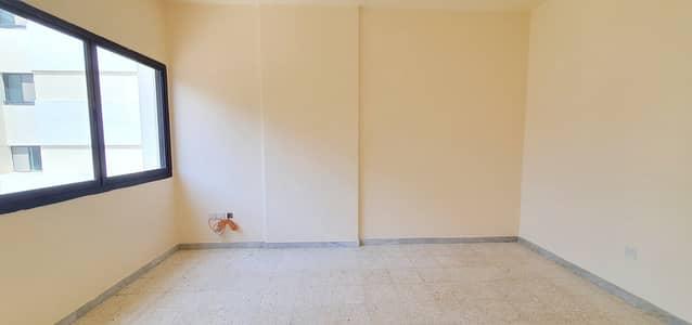 فلیٹ 2 غرفة نوم للايجار في منطقة الكورنيش، أبوظبي - شقة في برج محمد بن راشد - مركز التجارة العالمي منطقة الكورنيش 2 غرف 45000 درهم - 5122811