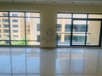 4 Bedroom Apartment for Rent in The Greens, Dubai - 4 Bedroom plus Maid available for rent in Green