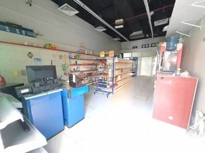 Shop for Rent in Jumeirah Lake Towers (JLT), Dubai - Perfect Location // Close to Metro // Beautiful View