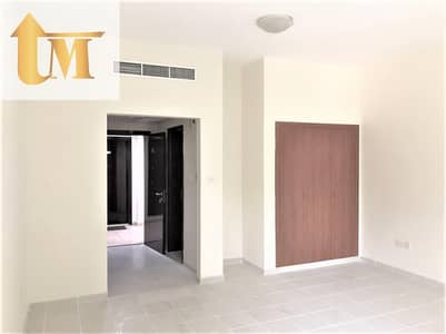 Studio for Rent in International City, Dubai - SPACIOUS STUDIO  READY TO MOVE IN  - GOOD BUILDING  WITHOUT BALCONY