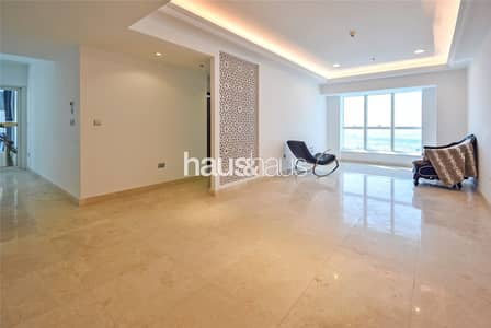 2 Bedroom Flat for Sale in Dubai Marina, Dubai - Completely Renovated   Amazing Views   Vacant