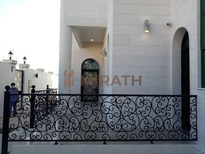 5 Bedroom Villa for Rent in Al Garhoud, Dubai - BEAUTIFUL 5 BEDROOM BRAND NEW VILLA FOR RENT