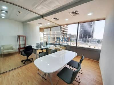 Office for Rent in Jumeirah Lake Towers (JLT), Dubai - Fitted with 2 Partitions | Wet Pantry | Furnished