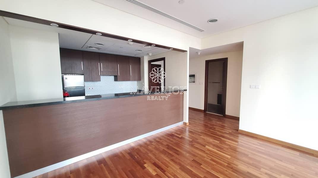 2 Upgraded+Huge 1BR | High Floor | City View