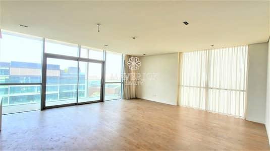 3 Bedroom Flat for Rent in Jumeirah, Dubai - Boulevard View   Lavish 3BR+Maids/R   Top Floor